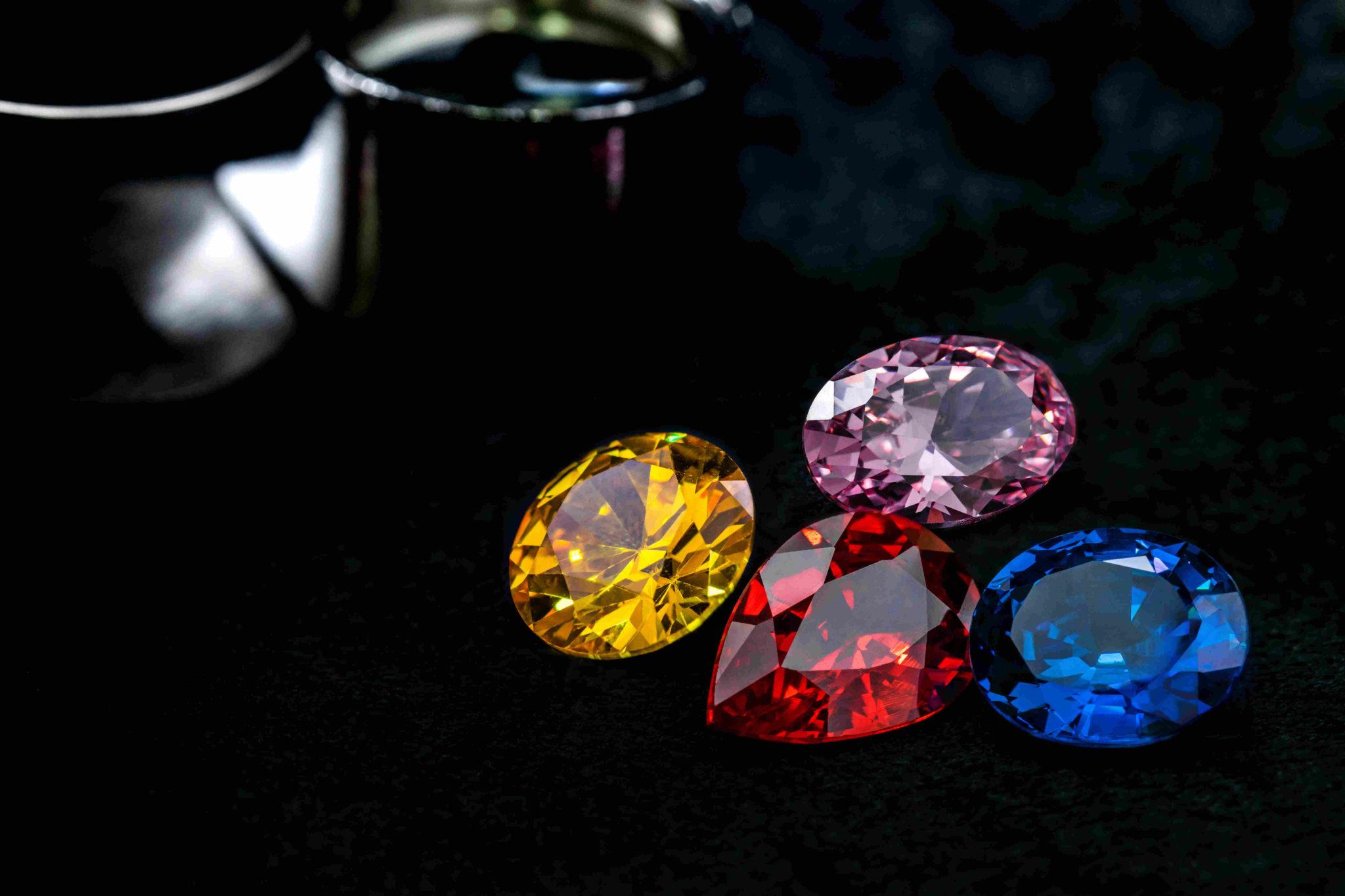 differentes tailles de pierres fines et precieuses