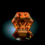 Fire Opal (NMNH G5393) Jalisco,Mexique 29.85cts Photo Chip Clark Source Smithsonian Institute